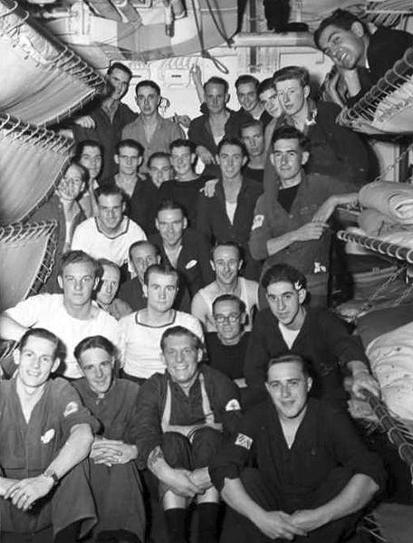 Signals Mess, 1944