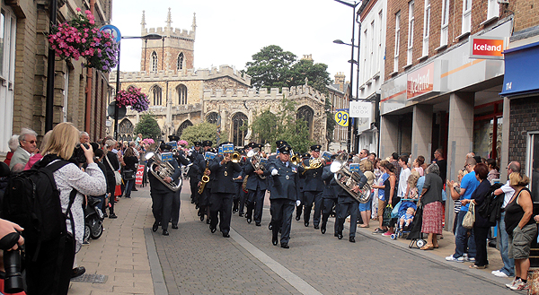 The band lead the RAF Wyton and Pathfinder personnel through Huntingdon Town Centre