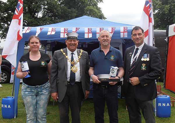 S/Ms Becky and Graham Murry and Karl Webb with the Mayor of Huntingdon