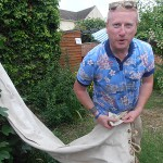 S/M Andy Duthie shows us how to use a hammock