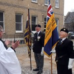 S/M, Reverend Andrew Milton, chats to the Standard Bearers