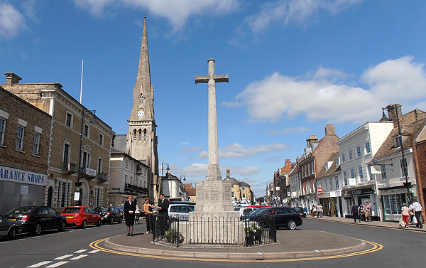 The War Memorial in St Ives town centre